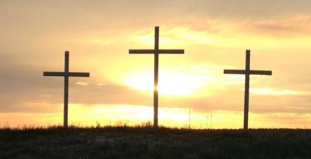 crosses-sunrise-690x353
