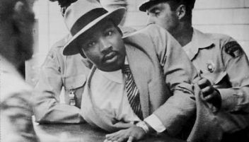 martin_luther_king_jr_montgomery_arrest_1958